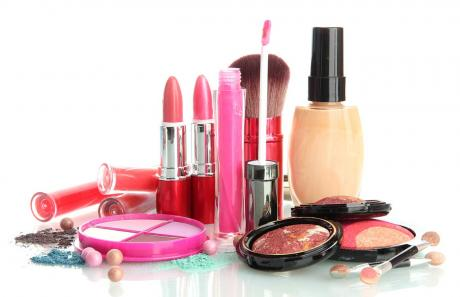 Navami Beauty Parlour