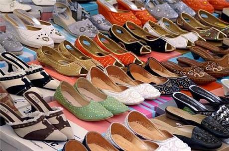 Kuzhupilly Footware & Bags