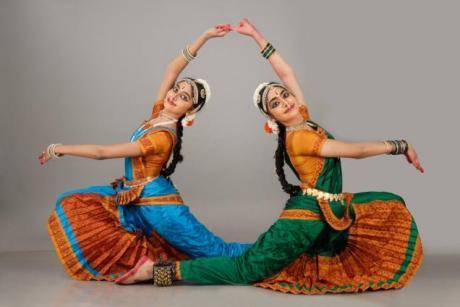 Mazhavil Dance Collections