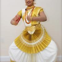 Mohiniyattam Costumes at Varnam Dance Collection in Alappuzha