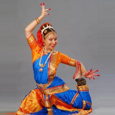 Bharatanatyam Costume at Surabhi Dance & Drama Collection in Kayamkulam