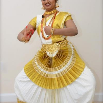 Mohiniyattam Costumes at Surabhi Dance & Drama Collection in Kayamkulam