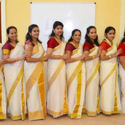 Thiruvathira Costumes at Surabhi Dance & Drama Collection in Kayamkulam