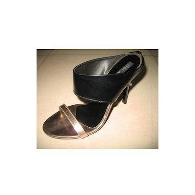 Designer Sandals at Adeshwar Exports in Mumbai