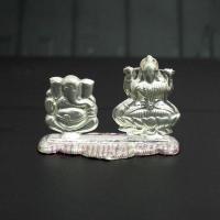 Ganesh Lakshmi in Pure Silver at Om Pooja Shop in Mumbai